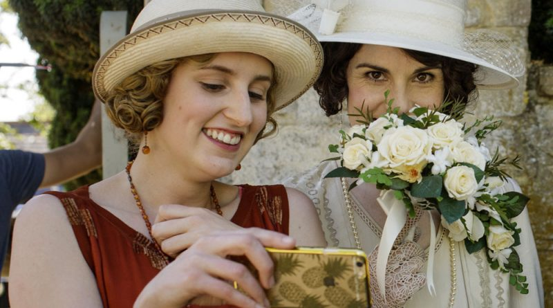 12 of the cutest 'Downton Abbey' cast selfies